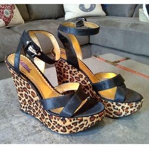Hale Bob Vero Cuoio Black Leopard Wedge Sandals